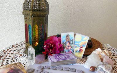 Oracle, Runes, Cartes